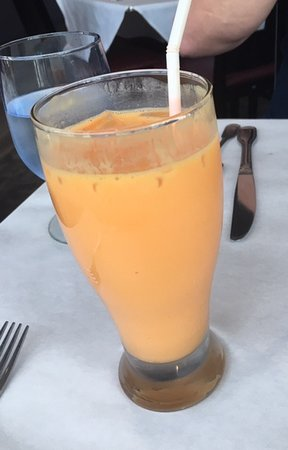 Curry Leaf Restaurant : Mango Lassi