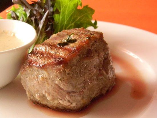 Вкусная телятина) под соусом дор-блю