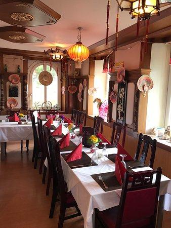 Asiahouse Geburtstagsparty mit philippinischem Buffet