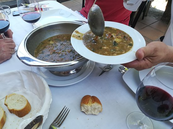 El Refugio de la Vega: El plato estrella... el mejor cocido montañés de Madrid... y no lo decimos nosotros