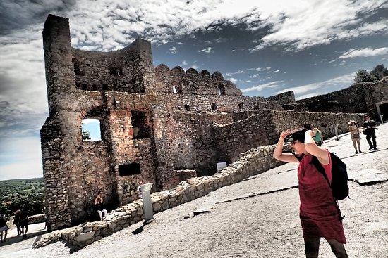 قلعة ديفن: use your imagination - you will love this place