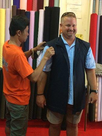 G.Joseph Custom Tailor照片