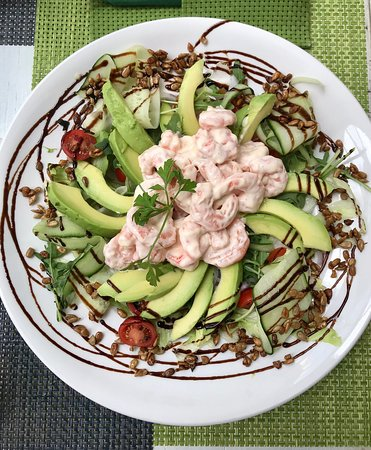 Fantastic Sallads: with Chicken and Bacon and with Prawns in Chilimayo and Avocado