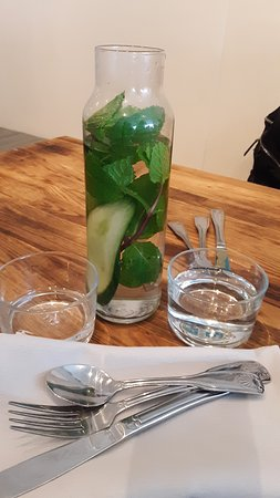 Bruce & Son: Staying hydrated for the Summer....these guys make it Easy and Inviting.  Mint/Cucumber water