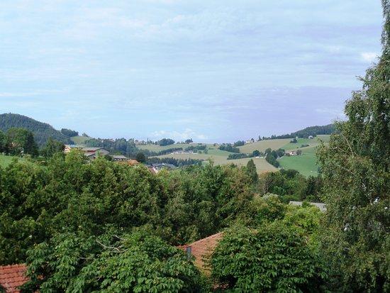 Semriach, ออสเตรีย: Le colline attorno al paese