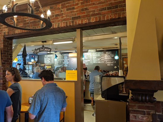 Brothers Brew Coffee Shop: Long line if you arrive more than 30 min after opening, moves quick and worth the wait.