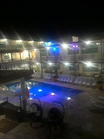 Villa Cofresi Hotel: Vista. a la piscina