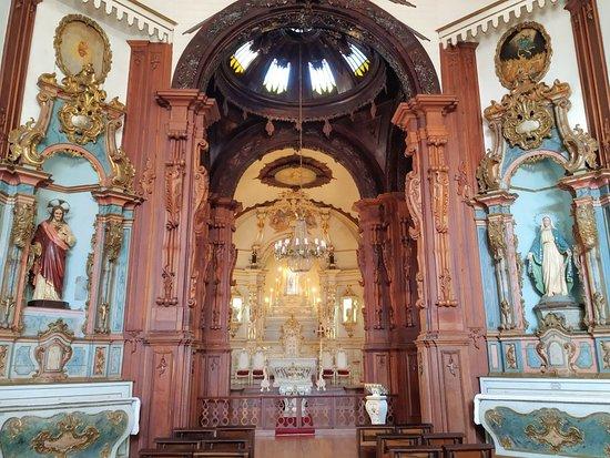 Igreja Matriz de Nossa Senhora do Montserrat