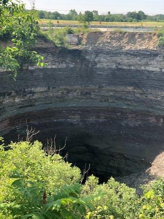 Devil's Punchbowl Conservation Area ภาพถ่าย