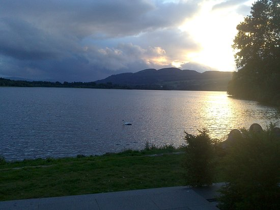 Port of Menteith, UK: Looking out of the patio windows as the sun sets. Bliss.