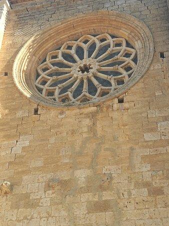Iglesia de Santa Maria la Blanca: Rosetón.