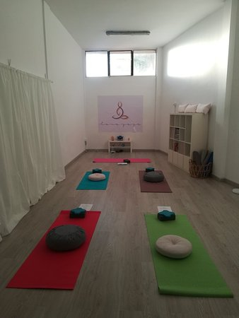 Love Yoga Studio