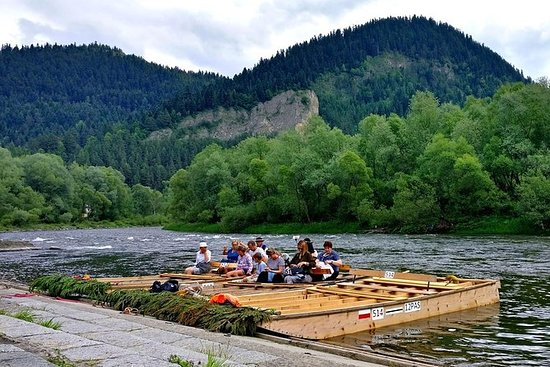 從克拉科夫出發:Dunajec River Rafting