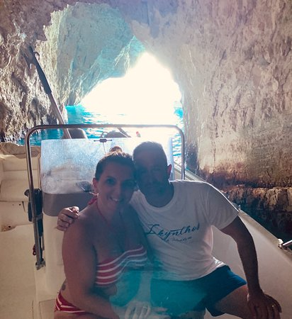 Zante VIPboats: Inside a cave!