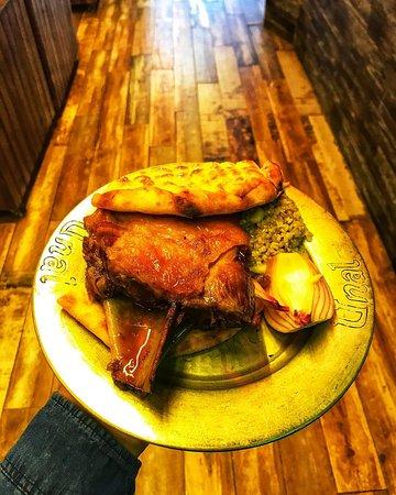 Kuzu Tandır 👌 kuzunun ön kolundan yapmış olduğumuz hafta içi öğlen menümüzde bulunan special yemeğimiz😊 #ünaletlokantası #gaziantep #tandır #kuzutandır #special #gastronomi #gastronomia #lezzet #istanbul #tur #türkiye