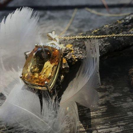 Citrine and diamond yellow gold pendant