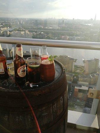 Great views, good atmosphere, cocktails ok