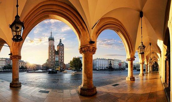 Rentalvans - Krakow Airport Transfers & Van Rental