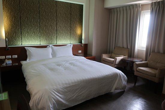 Pingtung Donggang Tapeng Bay Holiday Hotel: 部屋は広い