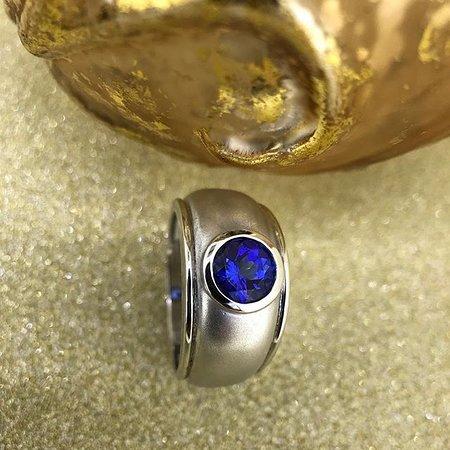 Handmade Tanzanite and White gold ring