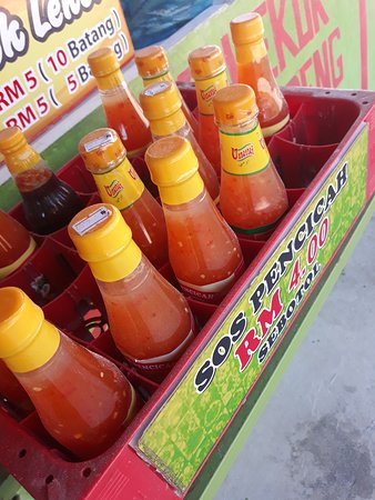 Kemaman District, Malezja: It is not complete having your dip without these sauces.