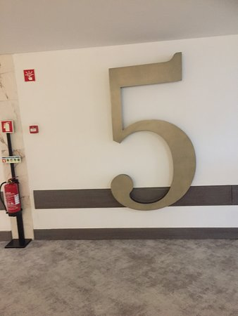 Baia Azul: Floor number signs