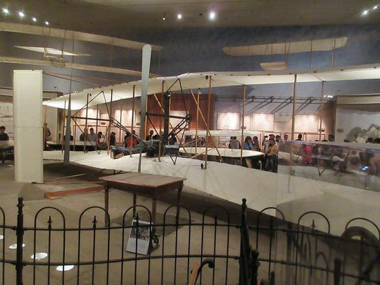 National Air and Space Museum - Wilbur & Orville plane