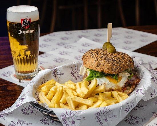 Saint-Maximin, Francja: Burger maison Plaza Bowling Saint Maximin
