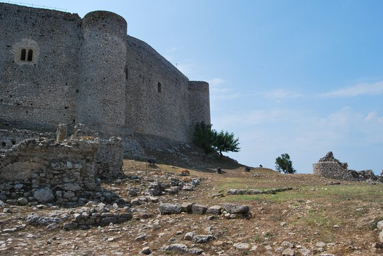 Kastro, Hy Lạp: τείχη