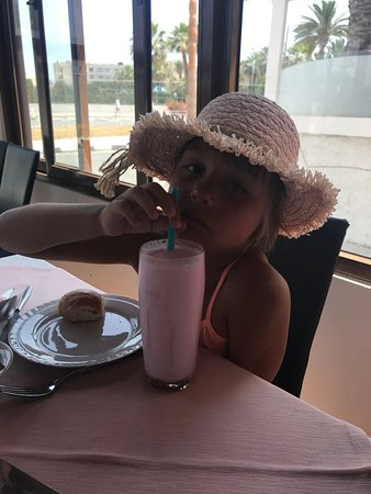 Vettriano's Restaurant: вкусно и прохладительно ХММММ