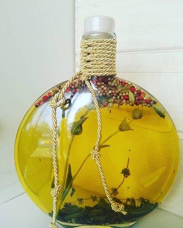 Virginia Olive Oil & Olives 사진