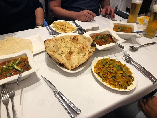 Voujon: Amazing food the best curry in a long time Waiter Mustafa was so much help and friendly
