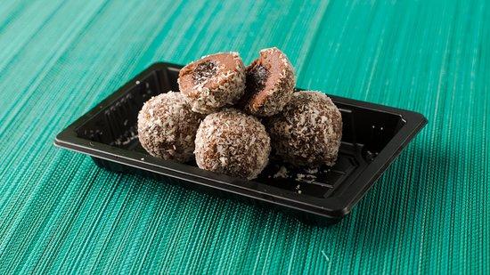 Little Geisha Can Cook: Creamy cacao balls