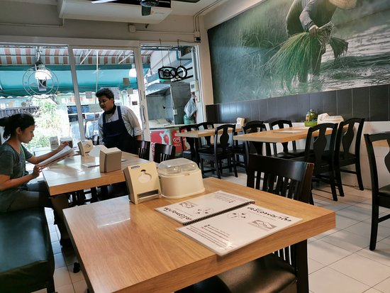 Phayathai Kitchen Halal Restaurant Bangkok Downtown Bangkok Restaurant Reviews Photos Phone Number Tripadvisor