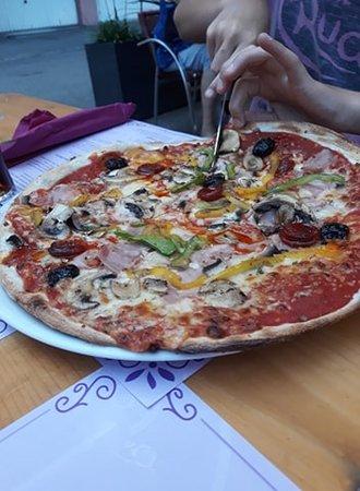 Pizzeria Dolce Vita: Pizza 4 saisons