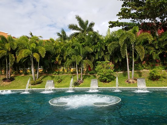 Barcelo Maya Colonial: Outdoor part of the Spa