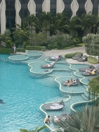 The Outpost Hotel Sentosa by Far East Hospitality: Pool view