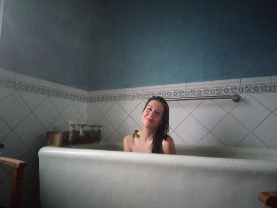 Kilkee Thalassotherapy Centre: Bath Posing!