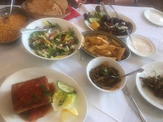 Zorbas Restaurant: lovely