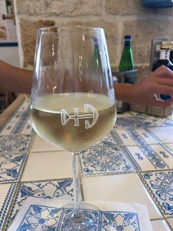 Excellent vin  Super endroit  Accueil sympa  Écologie en priorité