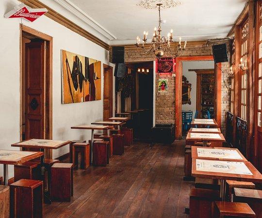 El Candelario: Espacio acogedor y ambiente familiar  Restaurante: Lunes a sábado de 11:00 am a 4:00 pm Bar: Viernes y Sábados de 9:30pm a 3:00 am  Los esperamos y estamos para servirle  Att  CANDELARIO #HacemosLasMejoresFiestas #HacemosLosMejoresPlatos