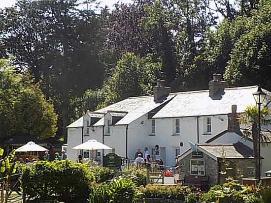 the pub restaurant