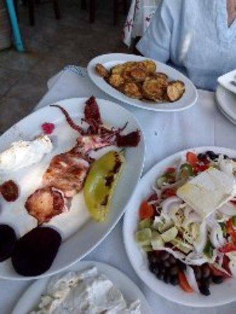 Keratokampos, اليونان: Kali Orexi!