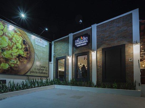 Manaus, AM: A Marinara Pizzaria & Restaurante está muito bem localizada no Conjunto Vieiralves, em um bairro central, o que facilita o acesso para o Público Manauara e Turistas!