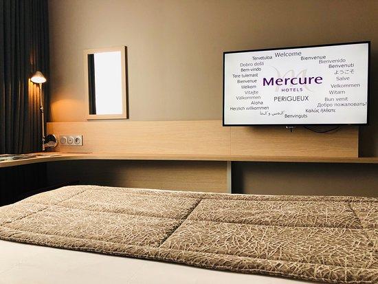 Hotel Mercure Perigueux Centre Historique: Vues générales chambre 4xx