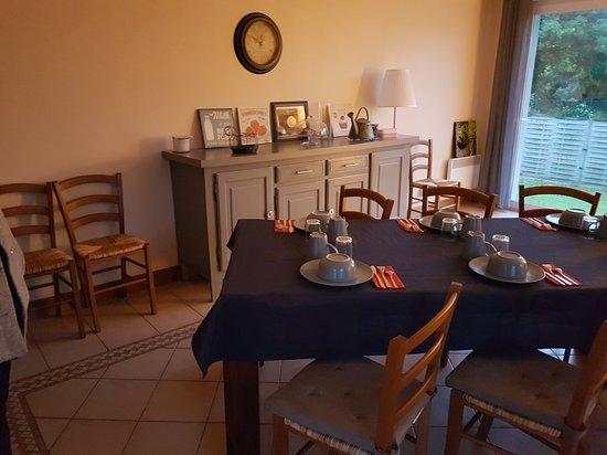 Tracy-sur-Mer, Francia: Salle à manger