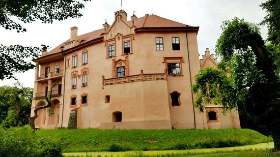 Zamek Vrchotovy Janovice