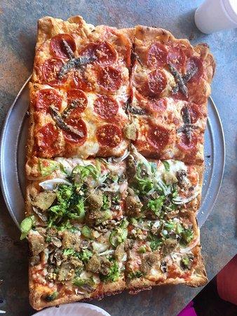 Enzo's Pizzeria Image
