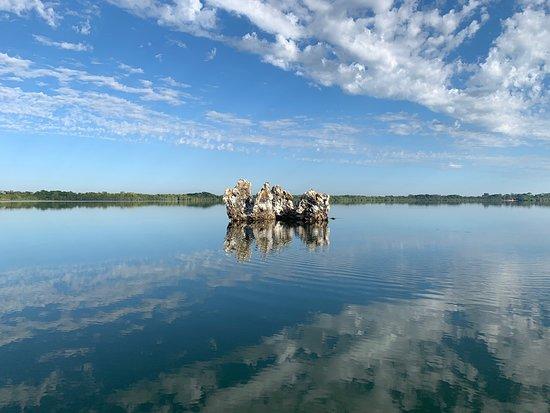 Lagoa da Confusao: Um lugar muito especial e lindooo! Principalmente na companhia do barqueiro Dico, que por si só já encanta 🧡