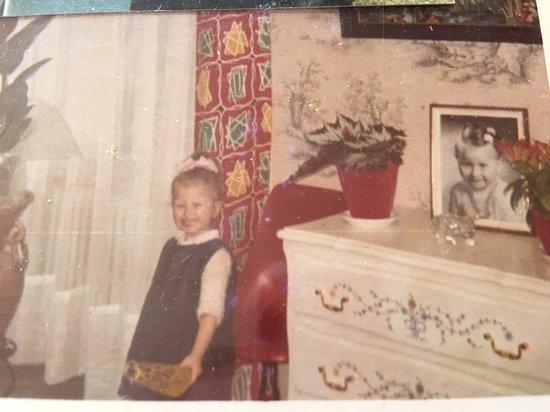 Le Breuil, ฝรั่งเศส: j aime trop suis super mignonne a 5 ans